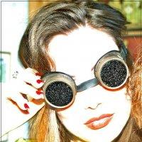 У кого четыре глаза, тот похож на.... :: Игорь Корф