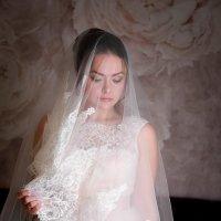невеста :: Nara Nakhshkarian