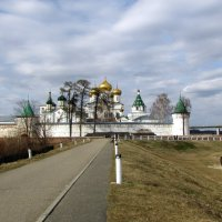 Свято-Троицкий Ипатьевский монастырь :: irina