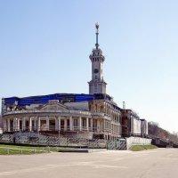 Северный Речной вокзал :: Леонид leo