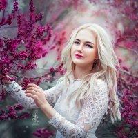 Alla :: Julia Lebedeva