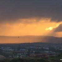 Восход и дождь. :: Валерьян Запорожченко