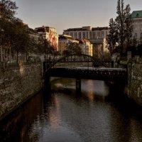 Метро-мост.Вена. :: Alla Shapochnik