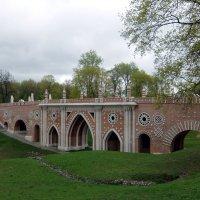 Мост в парке. :: Люба