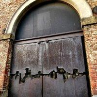Врата в запретное ! :: Борис Соловьев