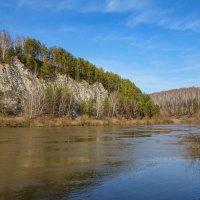 Река Сылва. Подкаменная гора :: Алексей Сметкин
