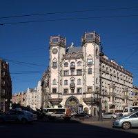 Дом с башнями :: Валентина Харламова