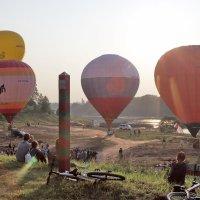 Полёт воздушных шаров в Шуе. :: Сергей Пиголкин