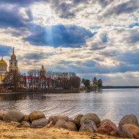 Нило Столобинская пустынь. Мужской монастырь. Озеро Селигер :: Олег Каплун