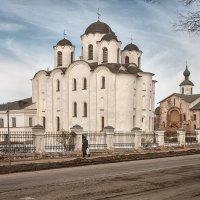 Новгородские улочки :: Алексей Корнеев