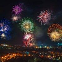 Севастополь! Праздничный фейерверк в честь Дня Победы! :: Алексей Латыш