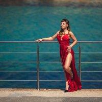 Красивое платье :: Алексей Латыш