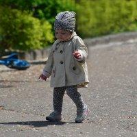Топ-топ, топает малышка...) :: Тамара Бедай