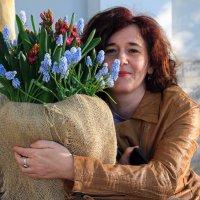Женщина и цветы :: skijumper Иванов