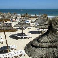 Тунис. Пляж в Сусе :: Алла Захарова