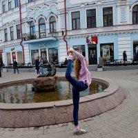 Юная гимнастка. :: Евгений