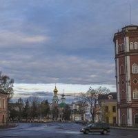 На пути к кремлю.Водонапорная башня :: Сергей Цветков