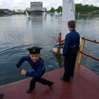 Парусный фестиваль :: Сергей Золотавин
