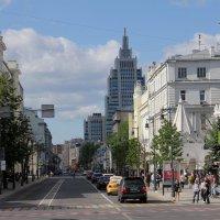 Город, улица. Москва :: Валерий