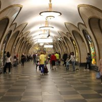 Ст. метро Новослабодская :: Валерий