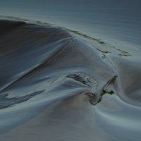 изломы, изгибы...словно пески в пустыне... :: Михаил Жуковский