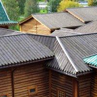 Деревянные крыши :: Сергей Лындин