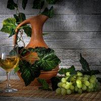 Кувшин с вином :: Алексей Мезенцев