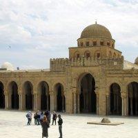Кайруан. Большая соборная мечеть :: Алла Захарова