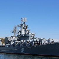 В Севастопольской бухте :: Людмила Монахова