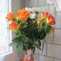 Букет в юбочке или оранжевое настроение. :: Нина Акарцева