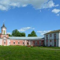 Надворные постройки в усадьбе Гончаровых (панорама) :: Александр Буянов