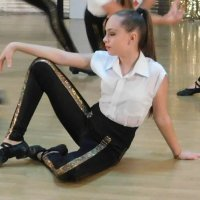 #### :: Юлия Закопайло