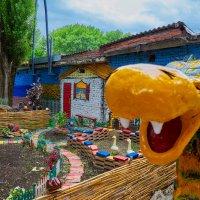 Наш дворик :: Николай Николенко