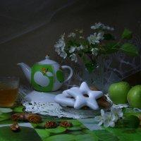Чай с яблоневым цветом :: Нэля Лысенко