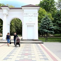 В парке Шевченко :: Валентин Семчишин