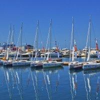 Яхты в порту :: Александра