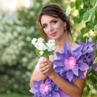 Цветочная фантазия :: Любовь Дашевская