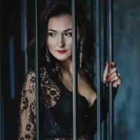 Девушка в Черном :: Альбина Хасаншина