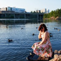 девушка и озеро :: Руслан А