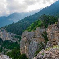На главной гряде Крымских гор* :: Андрей Козлов