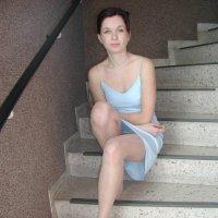 любимая сестричка Галя демонстрируе ножки :: Alex