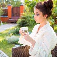 Утро начинается с чашечки душистого чая :: Любовь Дашевская