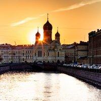 Вид на Свято-Исидоровскую церковь :: Андрей Николаевич Незнанов