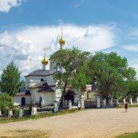 Остров-град Свияжск.Церковь святых равноапостольных Константина и Елены :: * vivat.b *