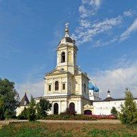 Высоцкий монастырь в Серпухове :: Евгений Кочуров