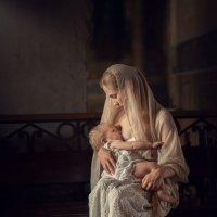 Мать и дитя :: Larisa Berezhnaya