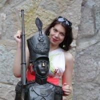 Красотка и оловянный солдатик :: Cергей Щагин