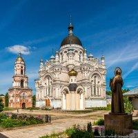 Казанский монастырь в Вышнем Волочке :: Александр Горбунов