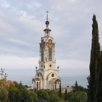 Храм-маяк Николая Чудотворца в Малореченском :: Наталия Григорьева