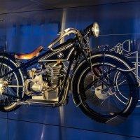 BMW Museum :: Eugen Pracht